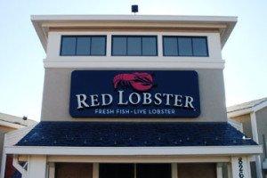 Red Lobster Colorado Sign Installation
