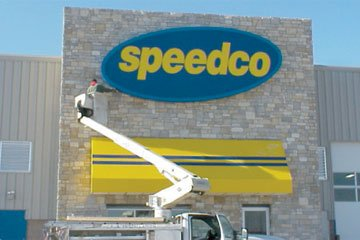 Speedco Colorado Sign Installation