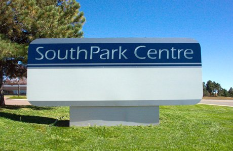 Southpark Centre Monument Outdoor Sign
